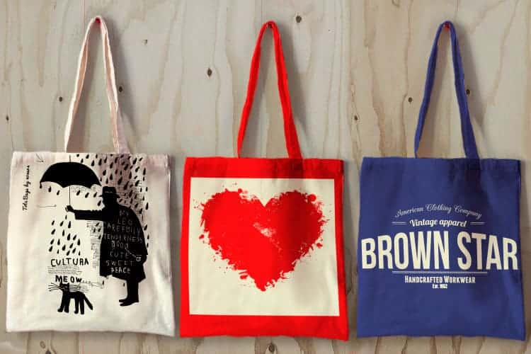 How Can You Build Your Brand Awareness by Using Customized Tote Bags?